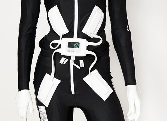 mollii suit Anzug mit bis zu 40 Elektroden