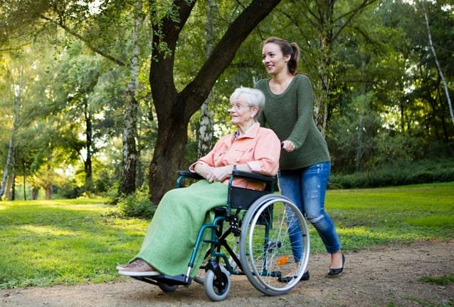 Mobilitätshilfen wie Rollstühle, Scooter, Rollatoren, Gehstöcke von rahm in Troisdorf, Köln und Bonn
