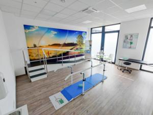Weitläufiger Test- und Trainingsraum für unsere Prothetik-Kunden