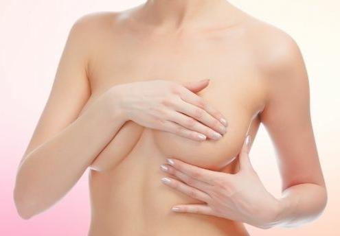 Brustkrebs-Früherkennung - Brust abtasten